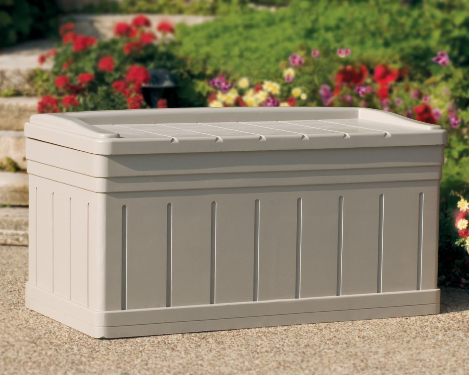 Suncast 488 Litre Plastic Storage Box With Seat