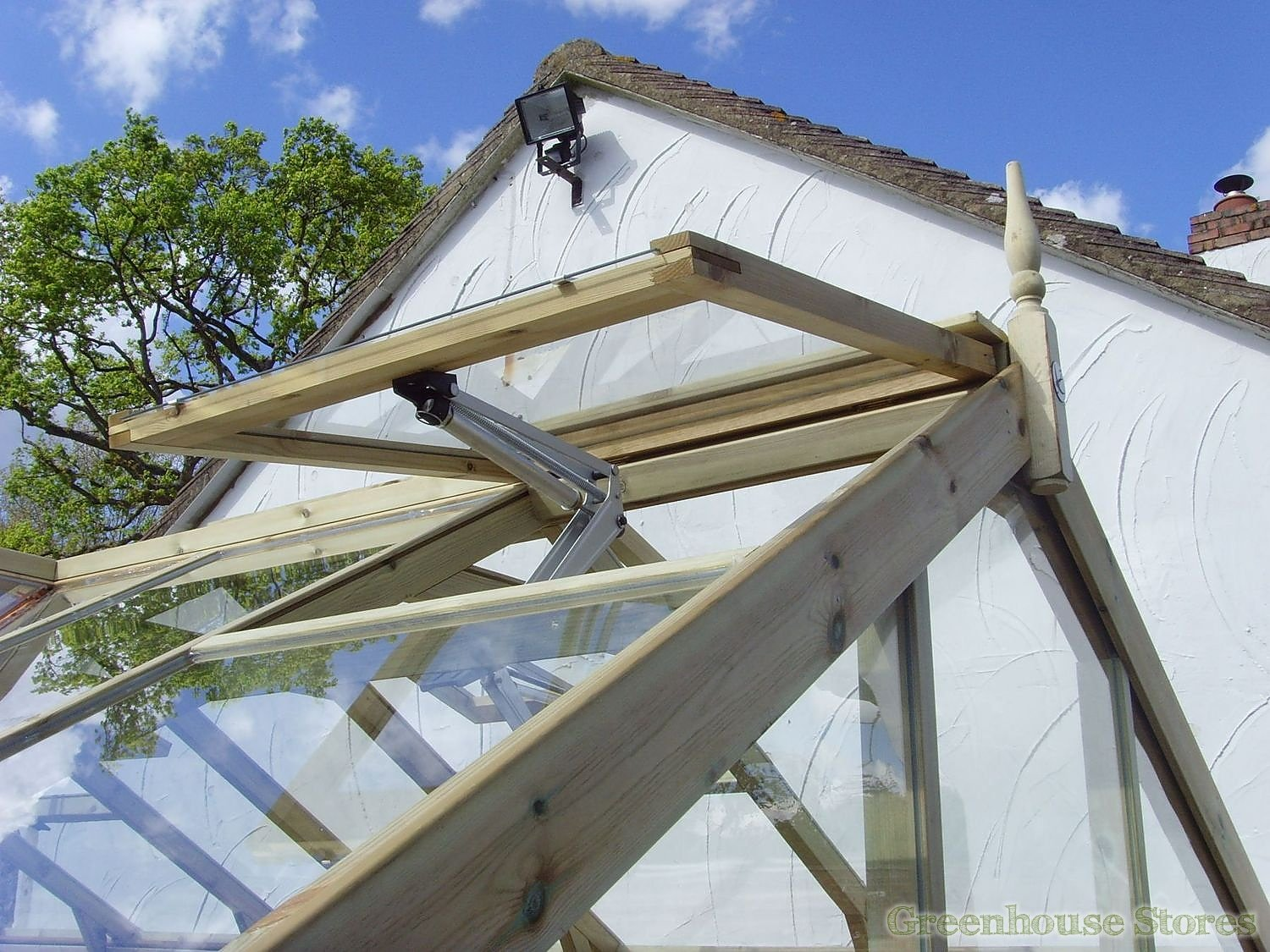 4x8 Greenhouse: Elite Compact 4x8 Greenhouse Horticultural
