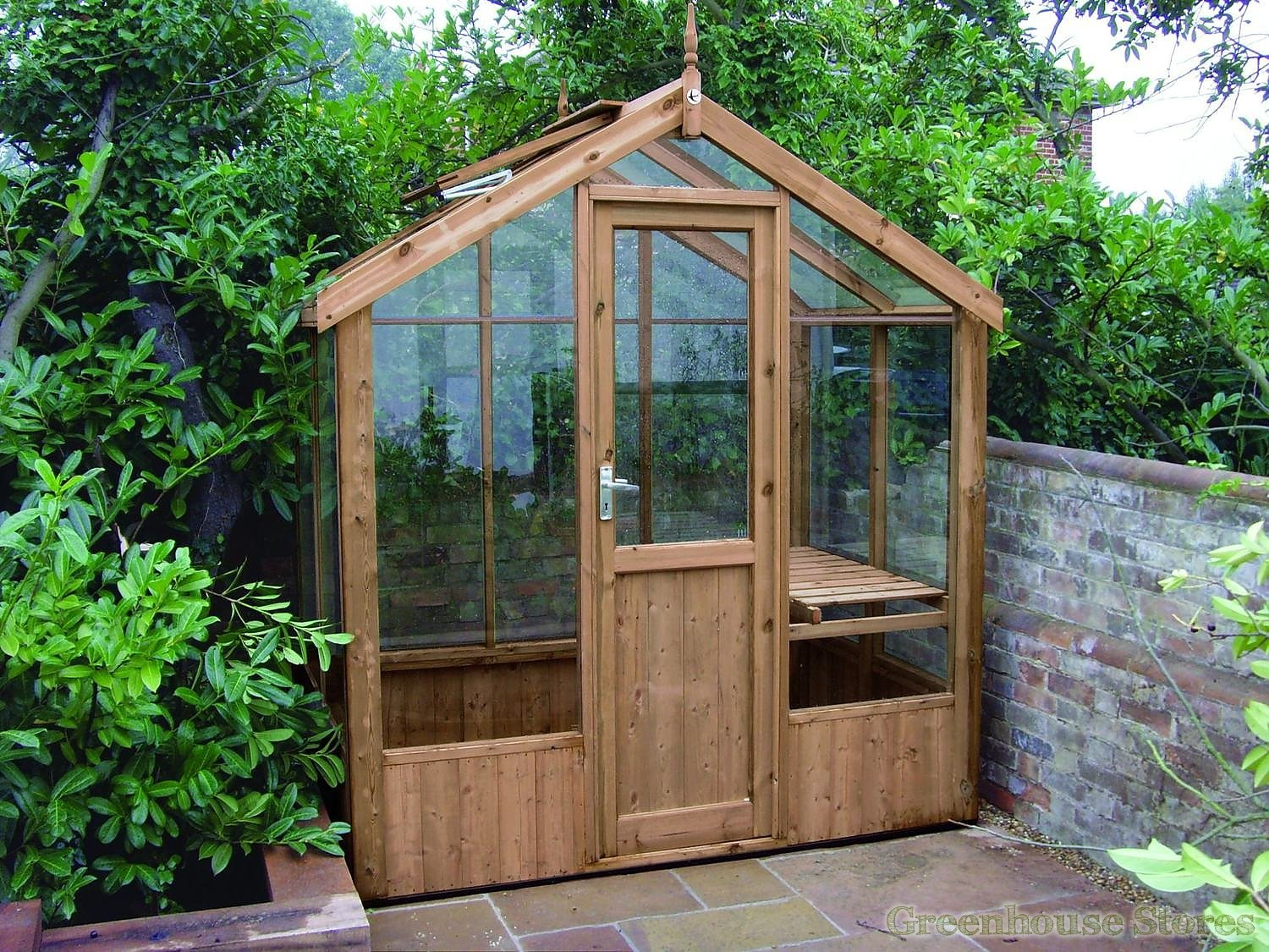 Swallow kingfisher 6x4 wooden greenhouse greenhouse stores - How to build a wooden greenhouse ...