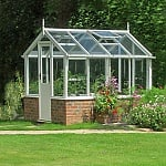 10 Greenhouse Gardening Advantages